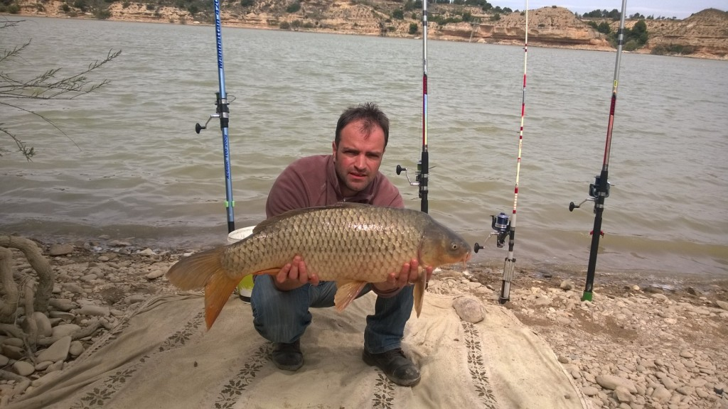 Carp Fishing on the Ebro with Team Idella