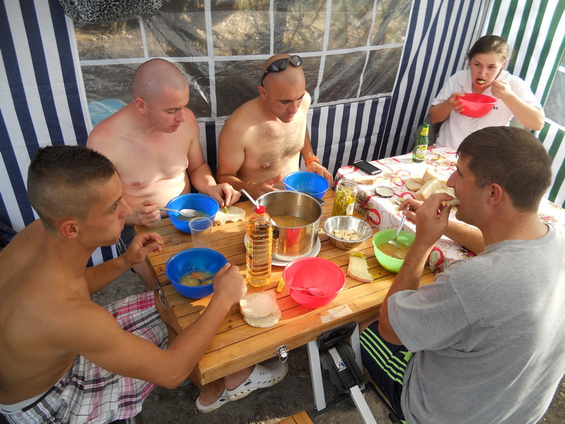 Catfish soup cooking on Ebro