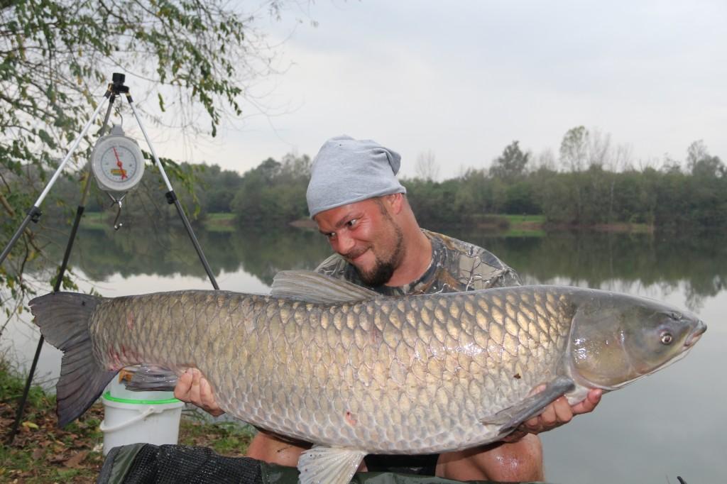 Bogdan Negrescu from Carp Plus with a catch