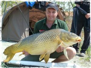 captura_record_crap_comun_31.8_kg_gusti_team_idella_fishing
