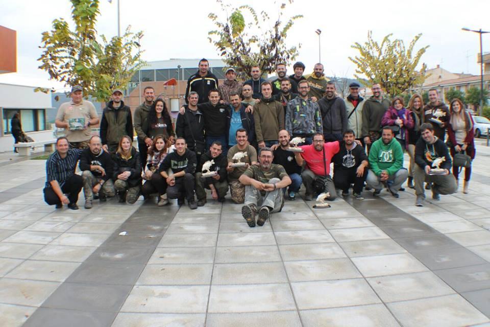 Pescarii participanți la concursul de pescuit Carpfishing Mequinenza S.D.P. El Siluro Spania