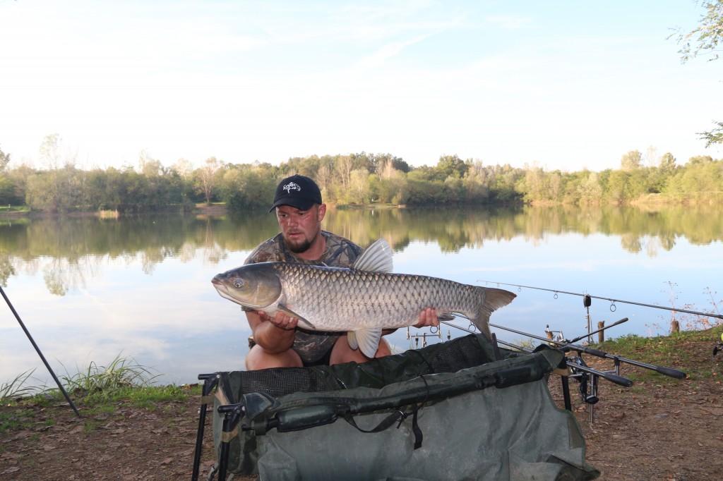 Bogdan Negrescu de la Carp Plus a prins 47 de crapi, o captură frumoasă